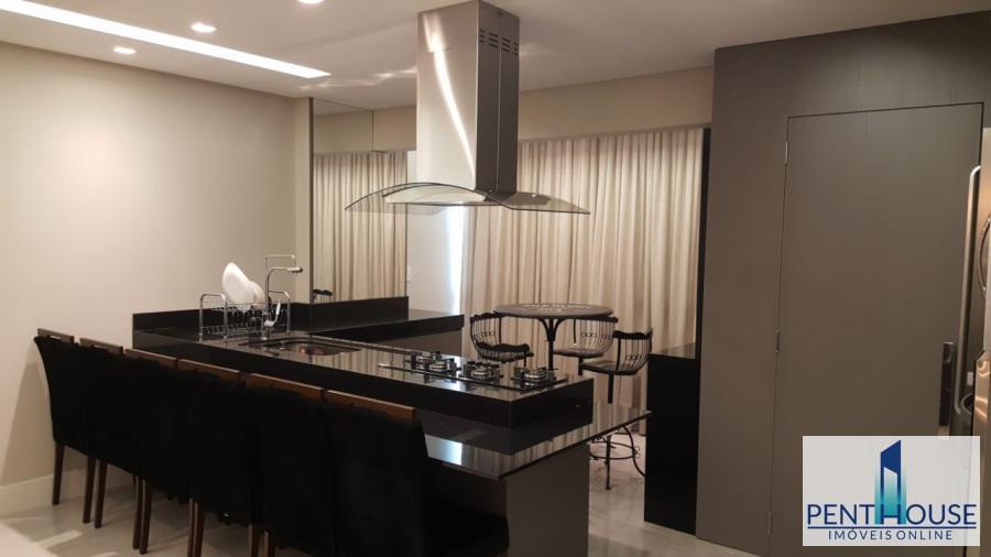 Apartamento Frente Mar para Temporada em Balneário Camboriú / SC no bairro CENTRO